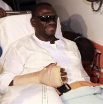 Le leader de l'opposition ougandaise Dr Kizze Besigye à l'hôpital de Naïrobi - Kenya, le 29/04/2011/photo AP
