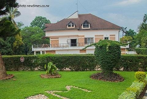 La maison d habitation de feu pr sident habyarimana for Plan maison d habitation